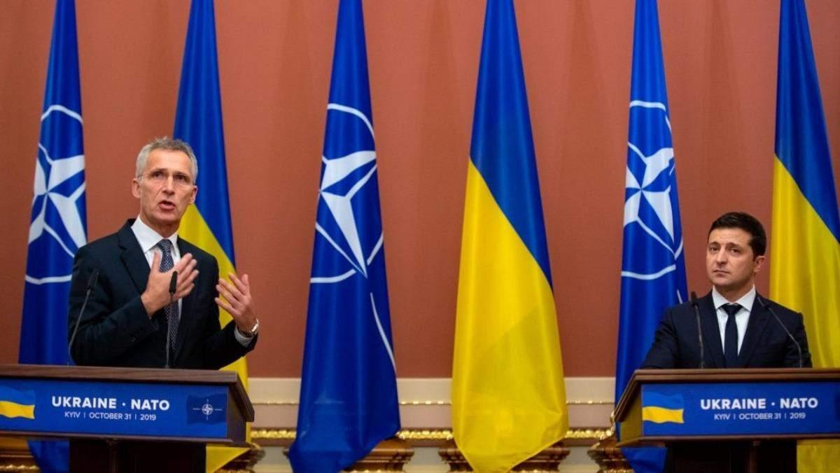 Зеленский поговорил с Генсеком НАТО об обострении на Донбассе