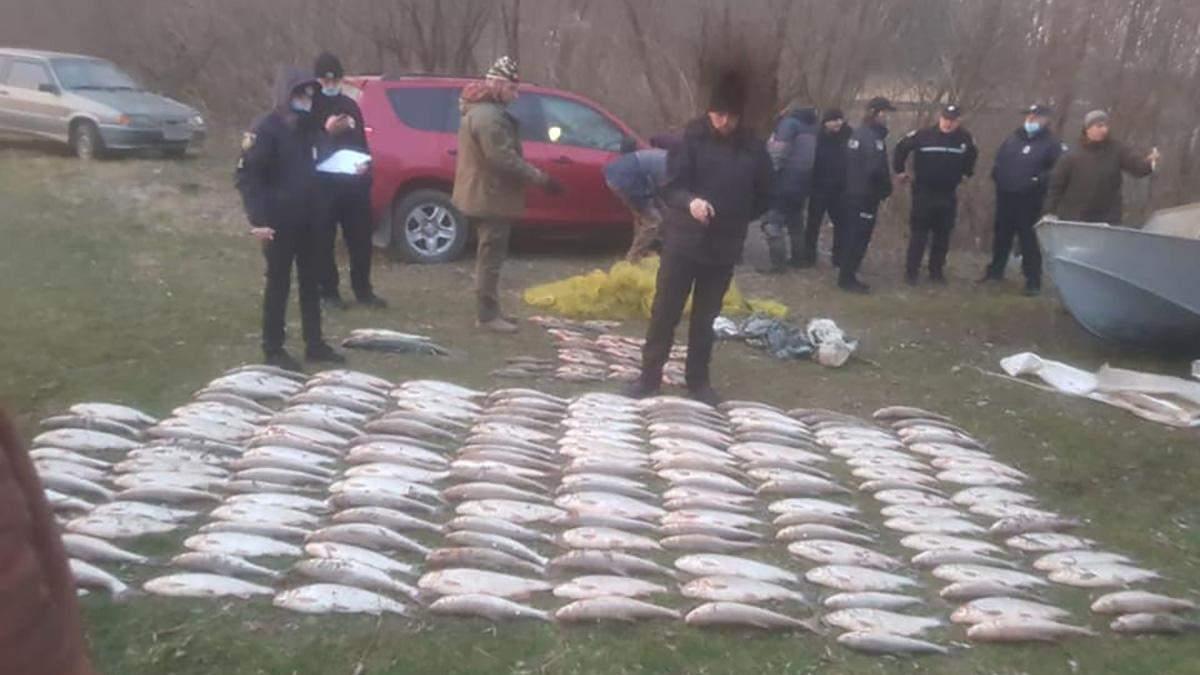 Ущерб почти на 1,7 миллиона: на Буковине задержали браконьеров рыбы