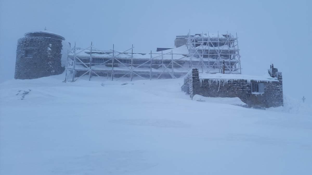 До -13 градусов: в Карпаты вернулась настоящая зима: сказочные фото