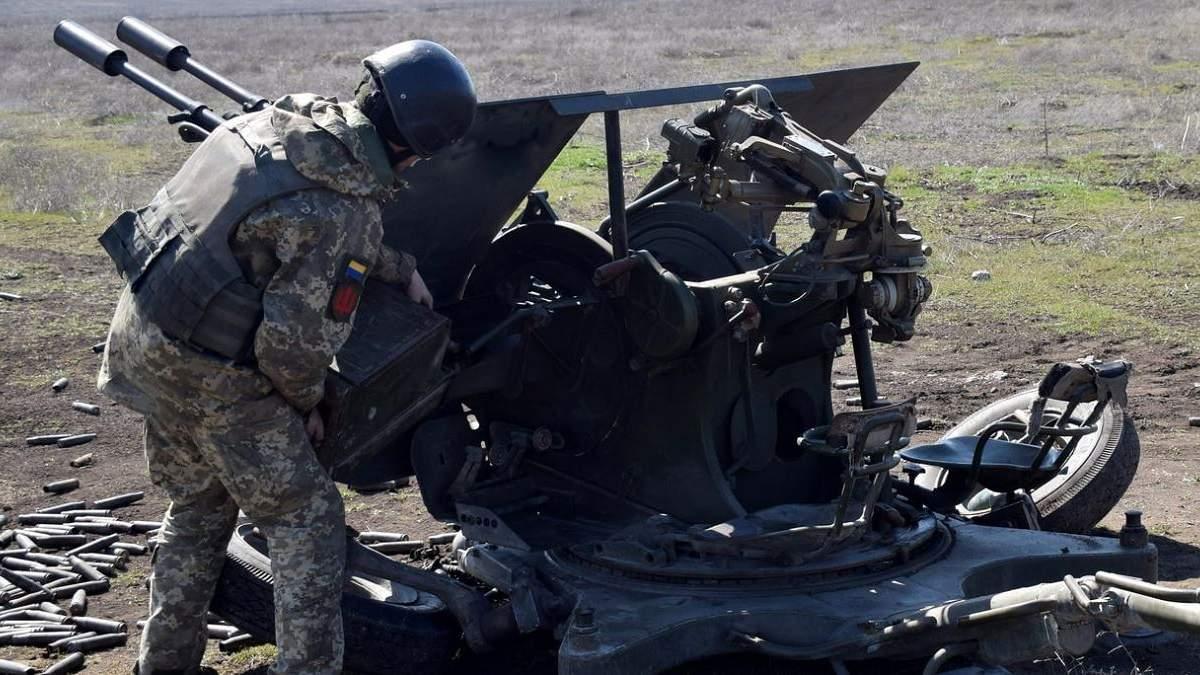 Українські зенітники провели тренування в зоні ООС: фото