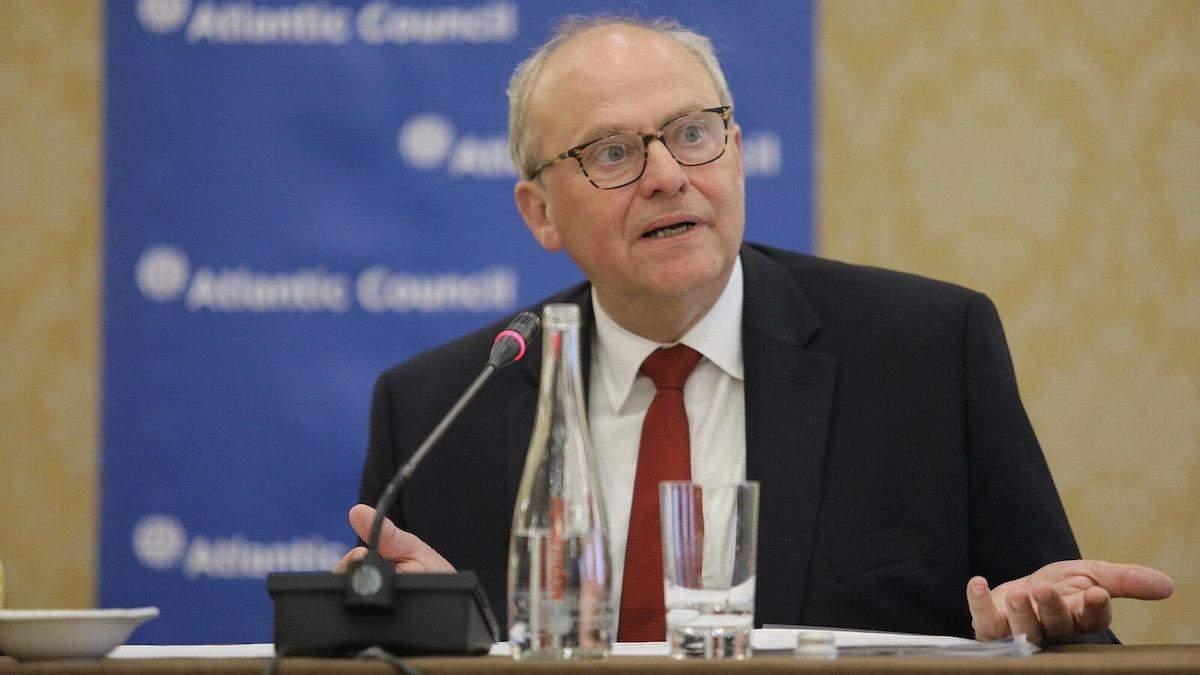 Росія боїться, що США змусять її піти з України, – Аслунд
