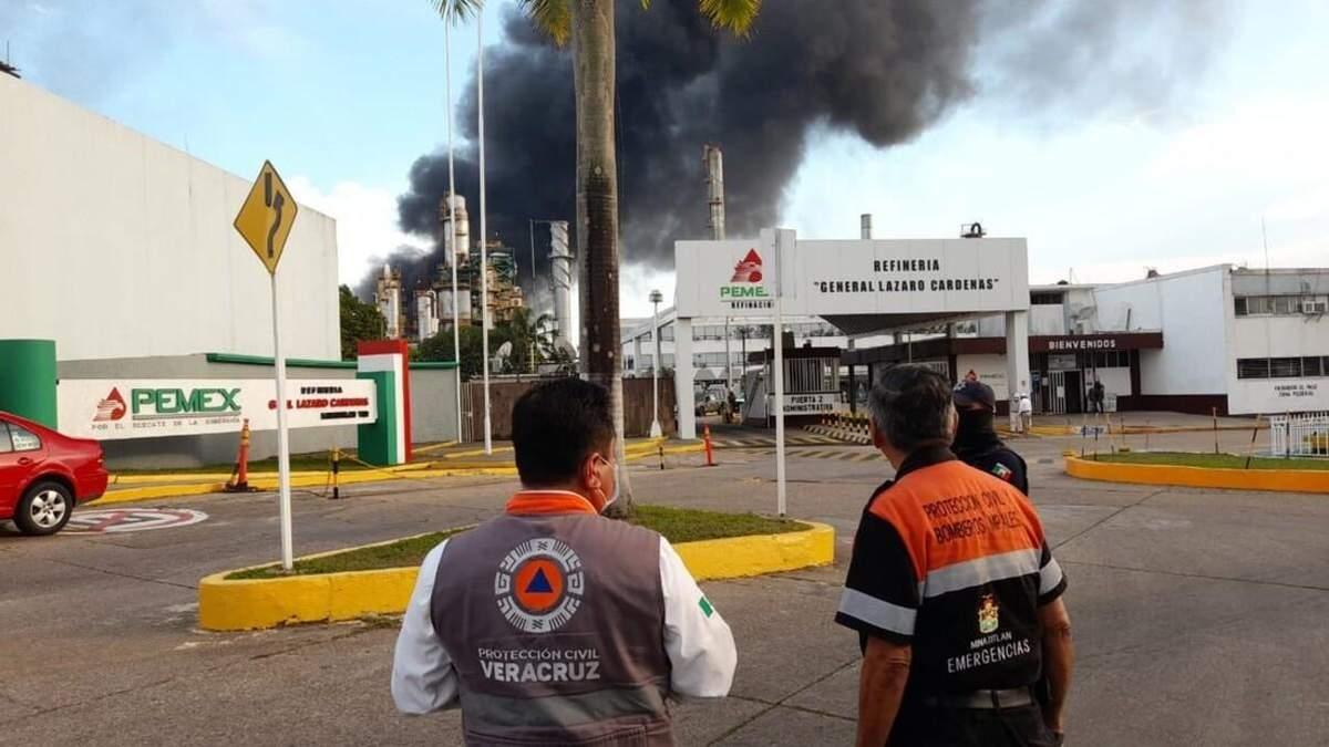 У Мексиці відбулися вибухи на нафтовому заводі: є постраждалі