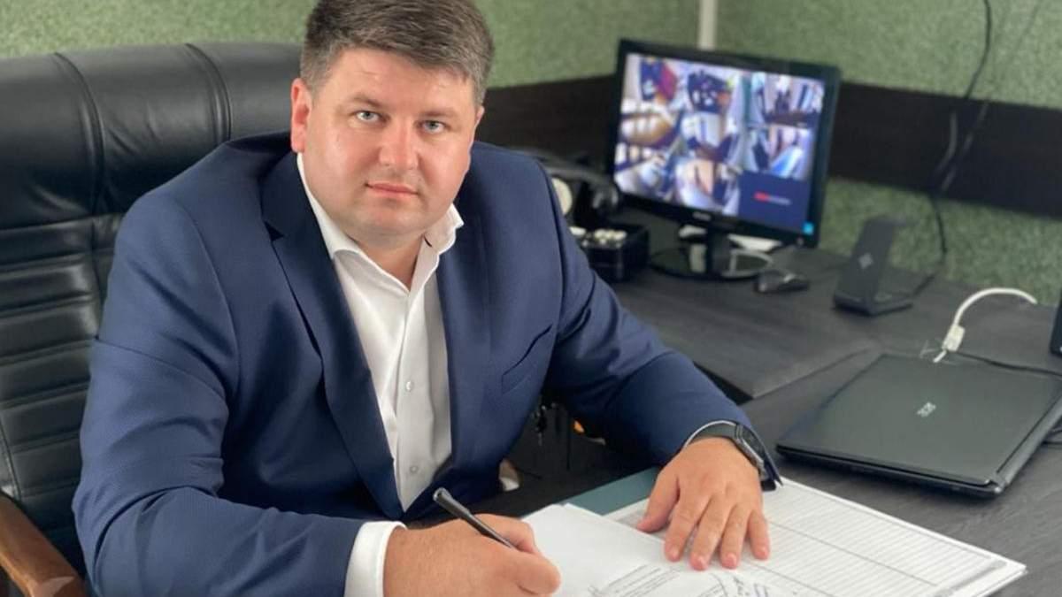 У главы Черновицкой РГА Козарийчука проводят обыски