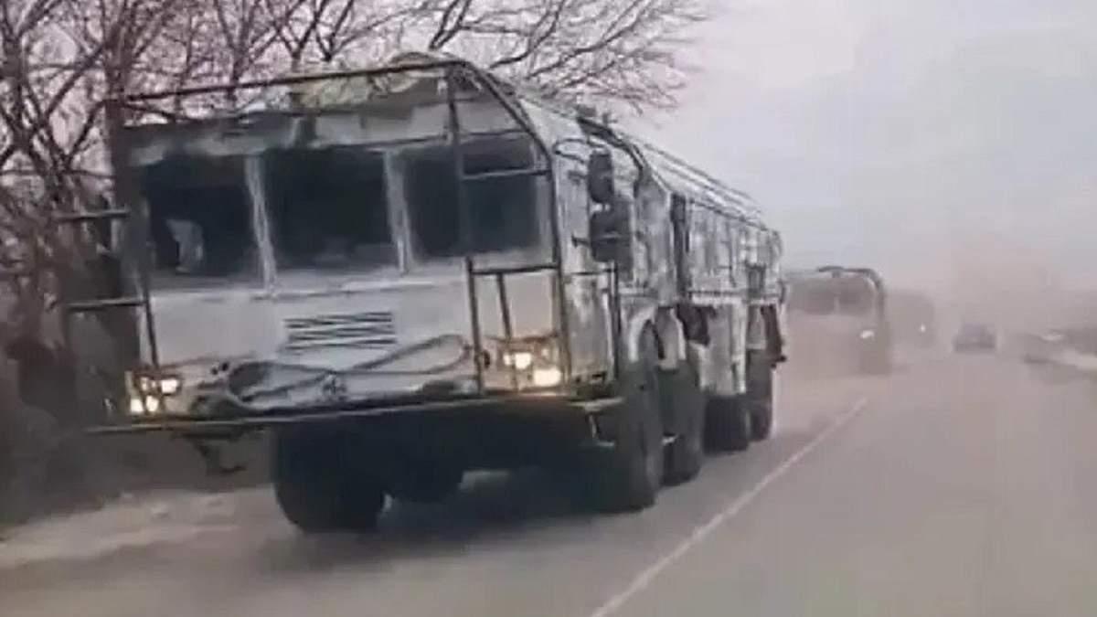 Росія перекинула до кордону України Іскандери: відео