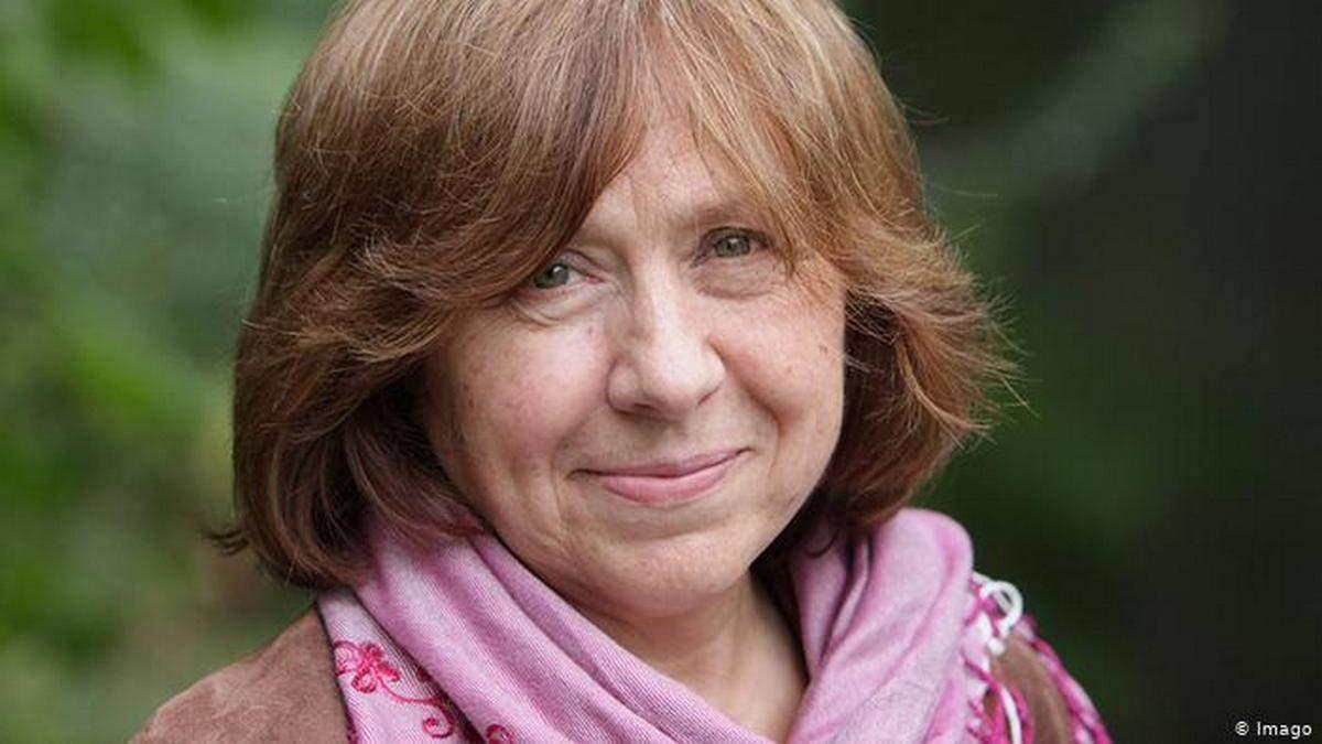 Светлана Алексиевич пишет книгу о протестах в Беларуси