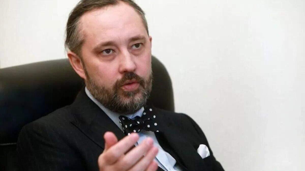 Суддя КСУ Сліденко бореться, щоб його не виселили з державної дачі
