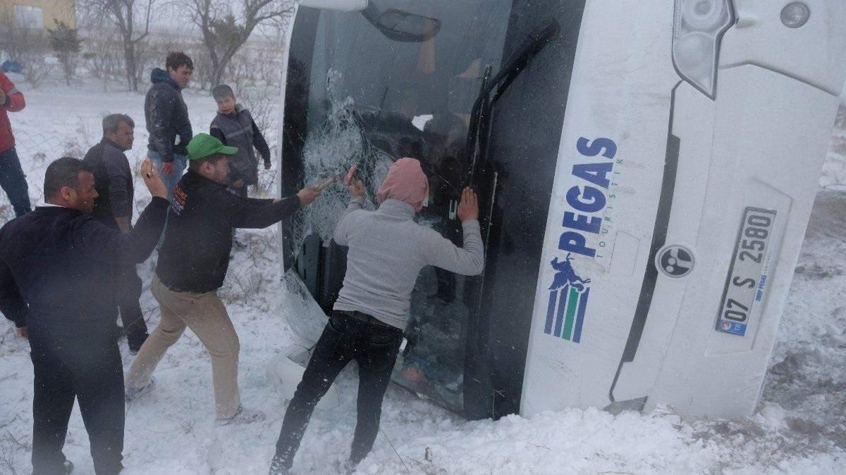 ДТП с российскими туристами в Турции 10.04.2021: есть жертва