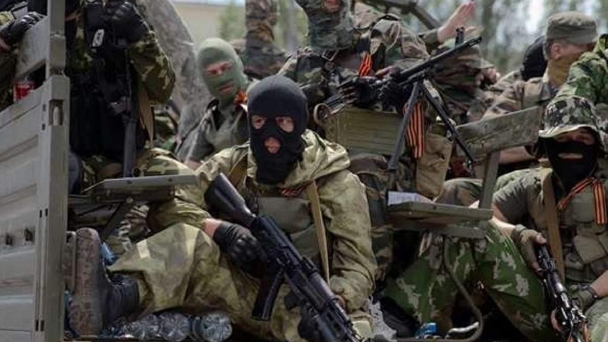 Россия в марте 2021 отправила на Донбасс около 800 добровольцев