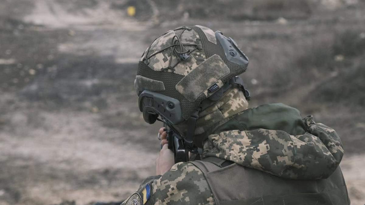 На Донбасі біля Майорського внаслідок обстрілу 10 квітня 2021 поранено українського військового