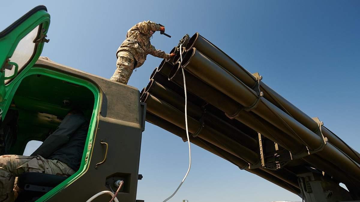 """Україна вперше експортуватиме свої модернізовані ракети """"Вільха-М"""" – Техніка війни"""