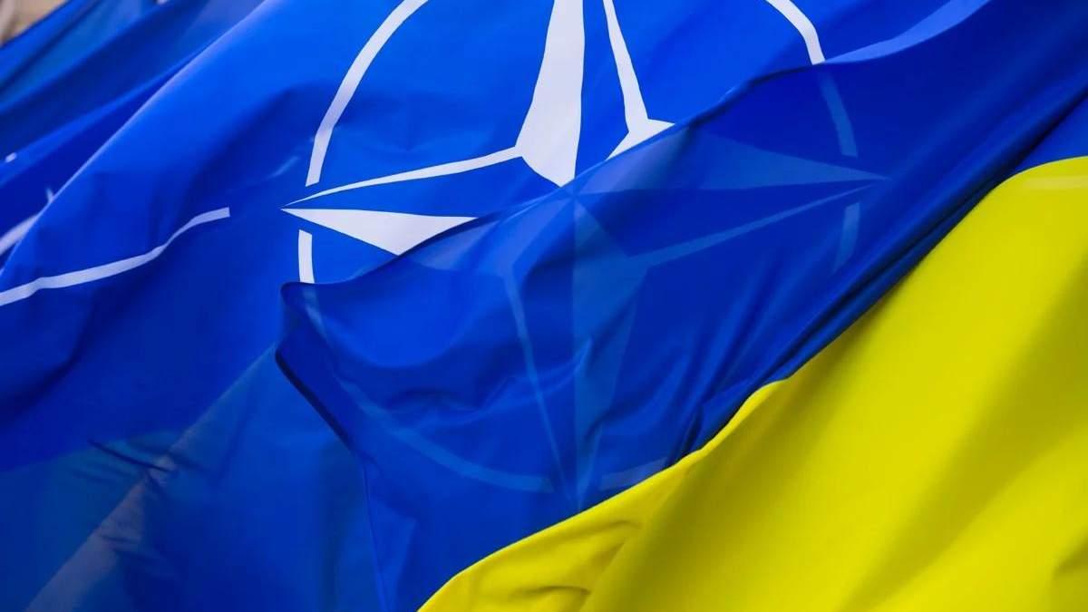 Украина инициировала срочные консультации с НАТО