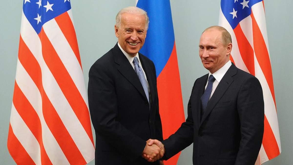 У Білому домі сказали, що рано говорити про зустріч Байдена і Путіна