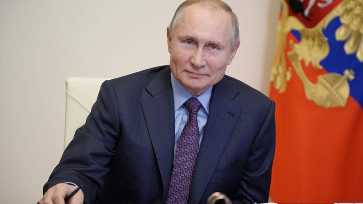 Путин получил 2 дозу вакцины против коронавируса