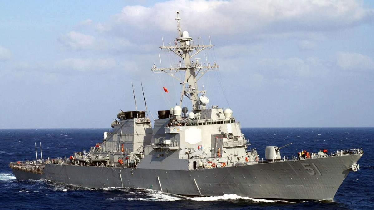 Ракетні есмінці ВМС США заходять у Чорне море