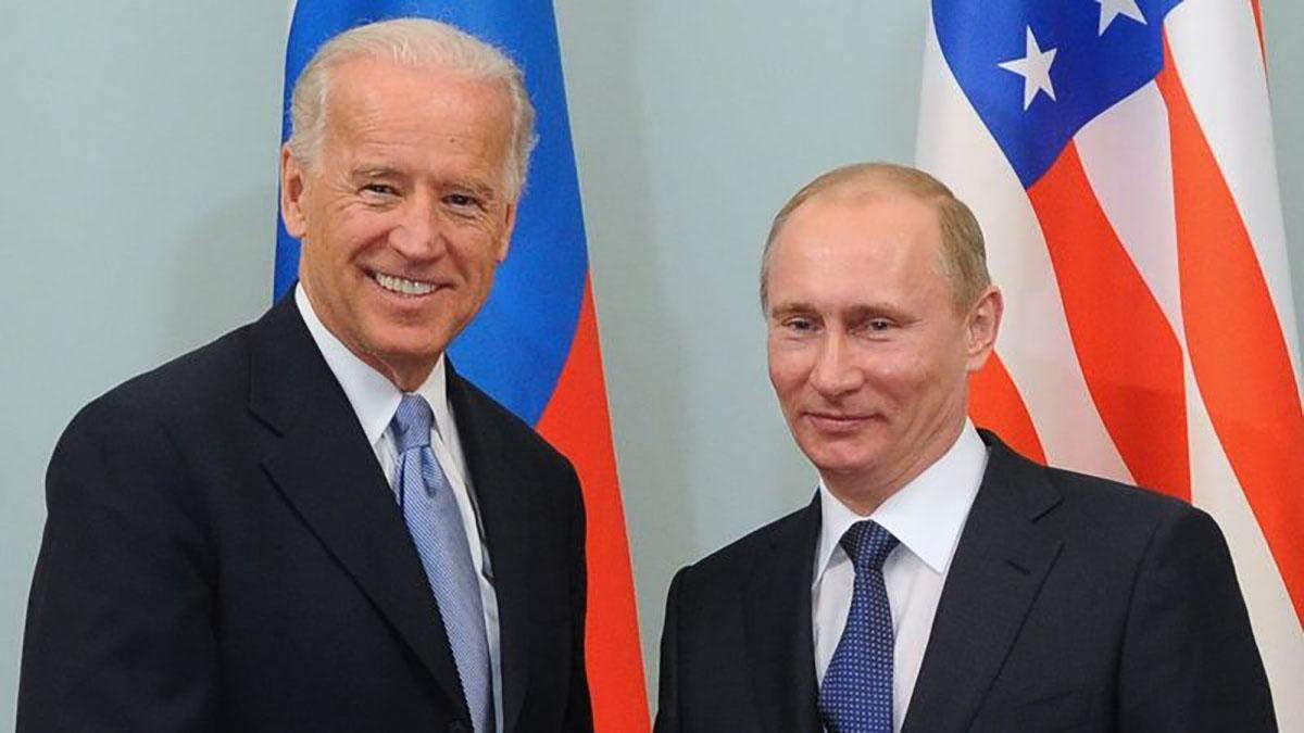 Байден розмовою з Путіним відтягнув час для України, – Арестович