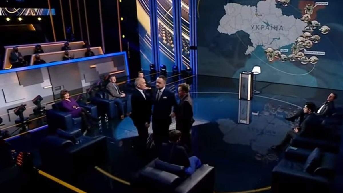 Едва не дошло до драки: Шуфрич и Камельчук поспорили в эфире