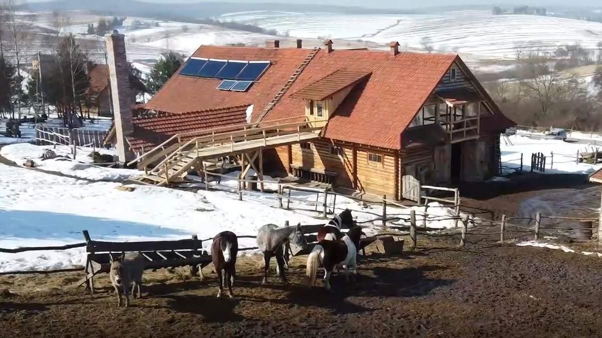 Львовянин Остап Лунь построил собственное ранчо в селе: видео