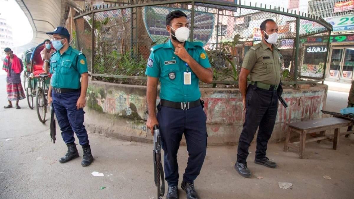 В Бангладеш силовики обстреляли протестующих: есть жертвы