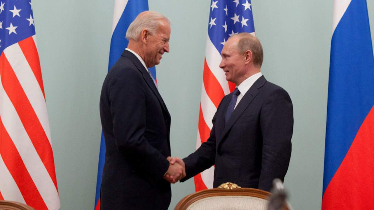 Названо идеальное место для встречи Байдена с Путиным