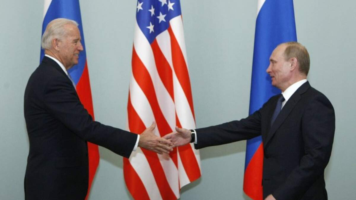Відносини між Росією і США вже фактично на межі війни, – аналітик