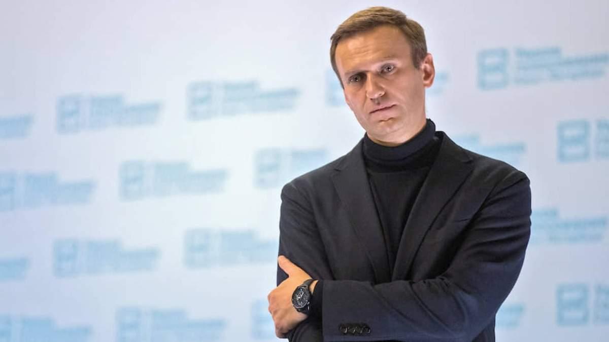 У Росії депутати з регіонів вимагають допомоги медиків для Навального