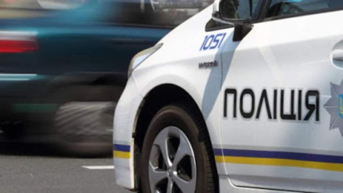 В Житомирской области хулиган, убегая от полиции, подстрелил себя