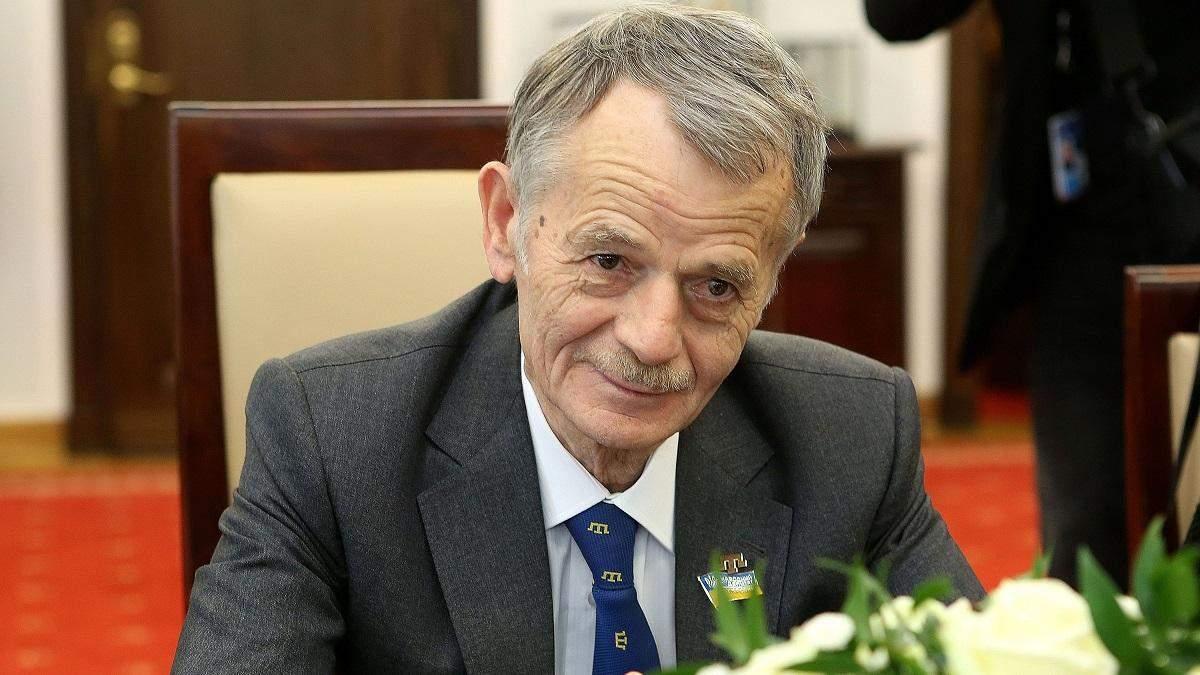 Янукович пытался подкупить крымских татар - Джемилев