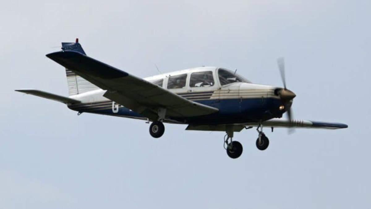 Біля Парижу впав легкомоторний літак 18 квітня 2021