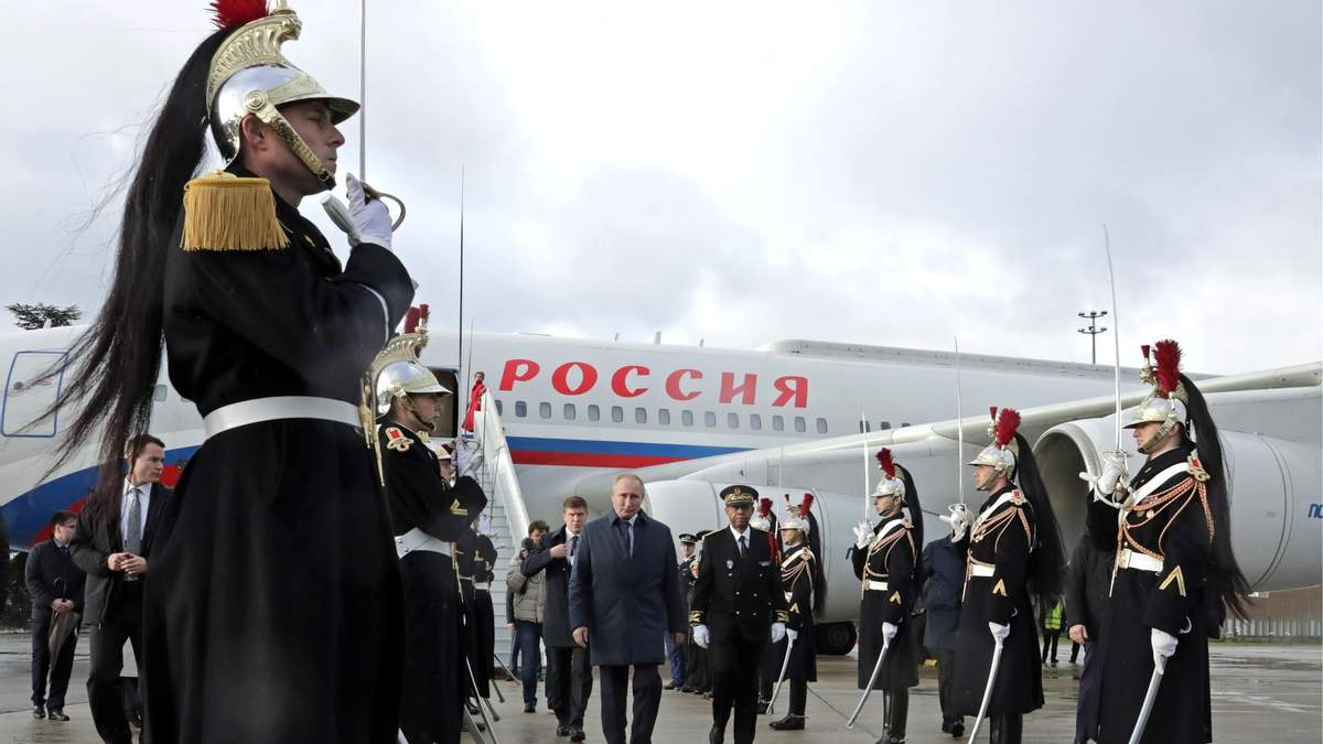Як Захід намагається втихомирити Москву