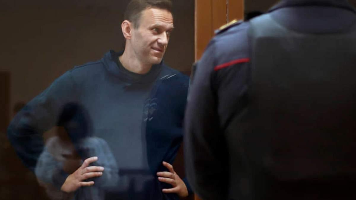 Навального переводять з колонії у лікарню для засуджених