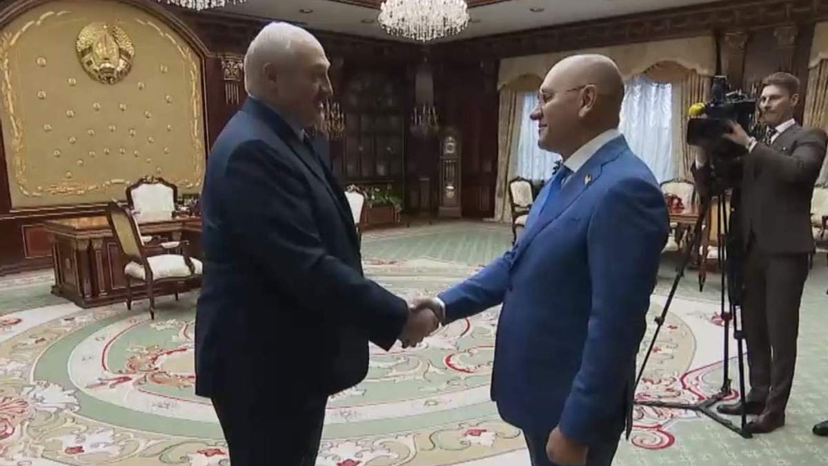 В Слуге народа отреагировали на встречу Шевченко с Лукашенко