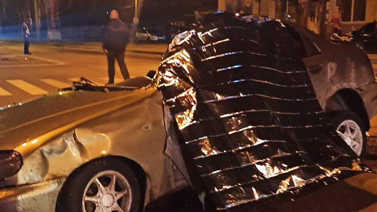 Смертельное ДТП с Daewoo Lanos в Харькове: летел 100 метров – видео