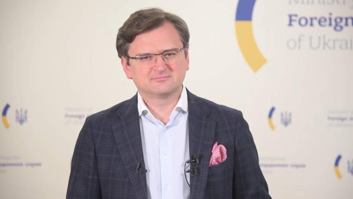 Кулеба про заяву Мельника щодо відновлення ядерного статусу