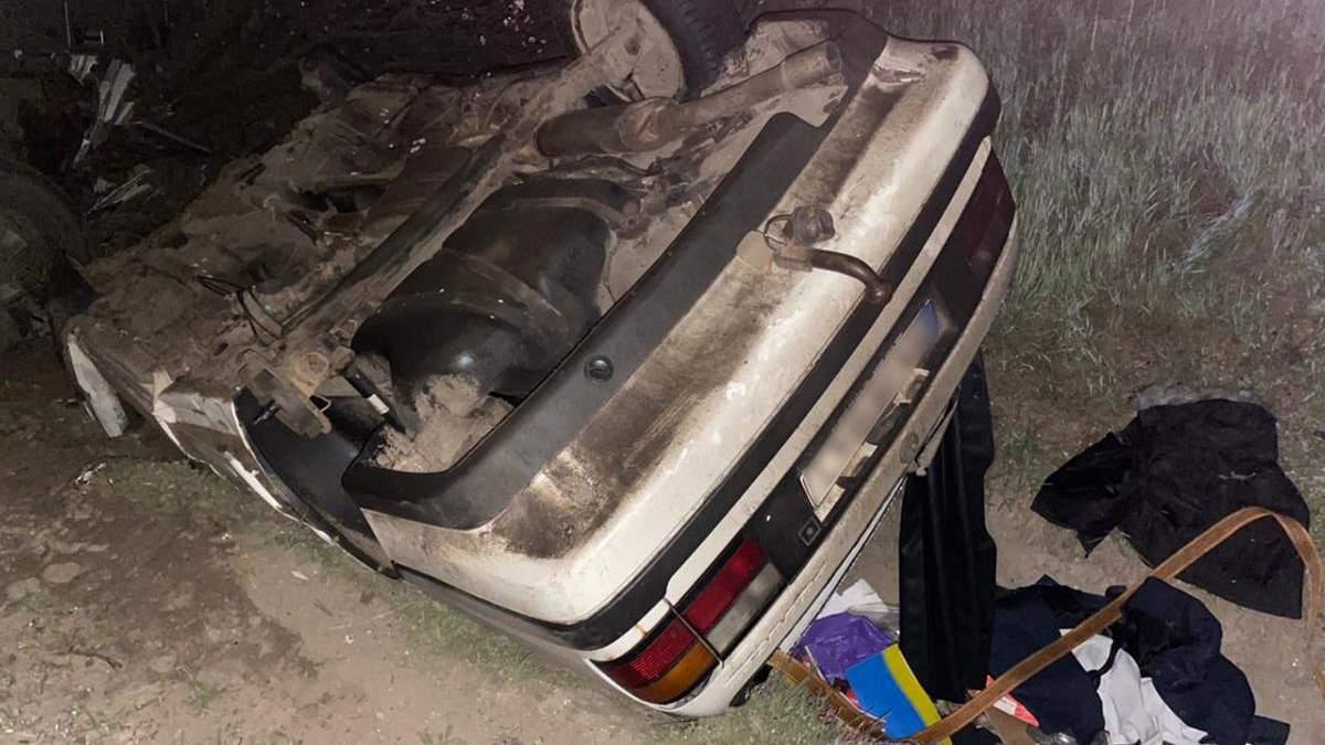 ДТП вантажівки та легковика на Одещині: водій авто загинув – фото