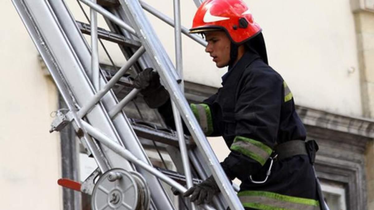 Во Львове на территории Музея-мемориала Тюрьма на Лонцкого случился пожар: фото и видео