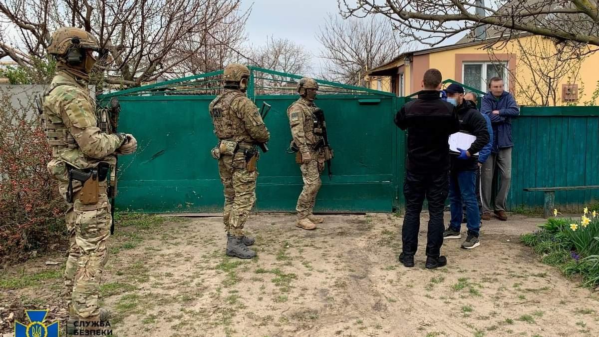 На Херсонщине преступников курировали воры в законе из России: фото