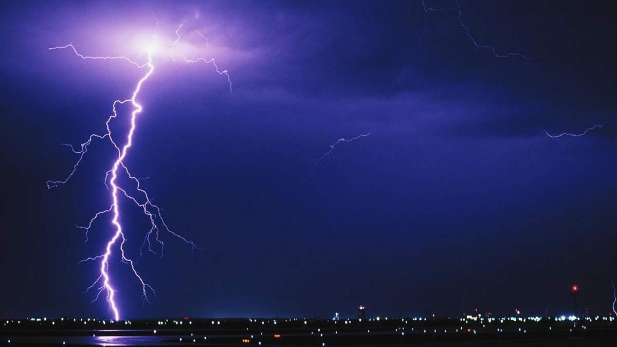 На Харківщині синоптики попереджають про грози та шквальний вітер