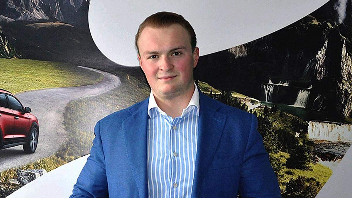 Гладковський-молодший лікує за кордоном постковідний синдром, – ЗМІ
