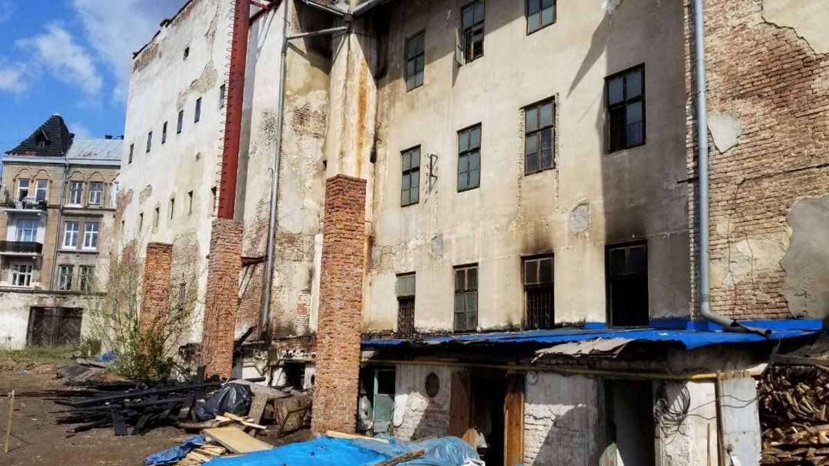Експозиція під загрозою: внаслідок пожежі музей Тюрма на Лонцького зазнав шалених збитків