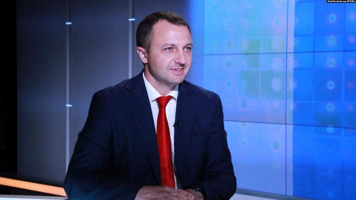 Кремінь вимагатиме позбавити мандатів депутатів через російську