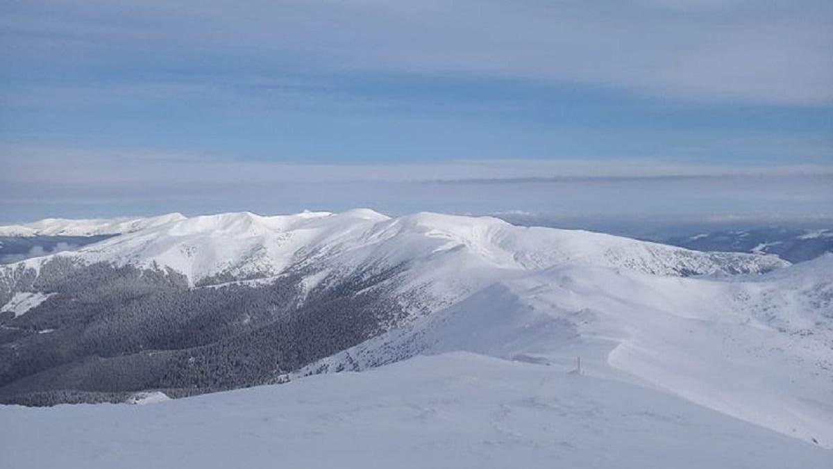 Карпатське високогір'я вкрило снігом: наслідки раптового похолодання