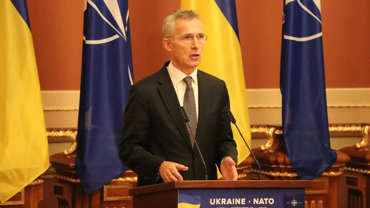 У НАТО відреагували на відведення Росією військ від українського кордону
