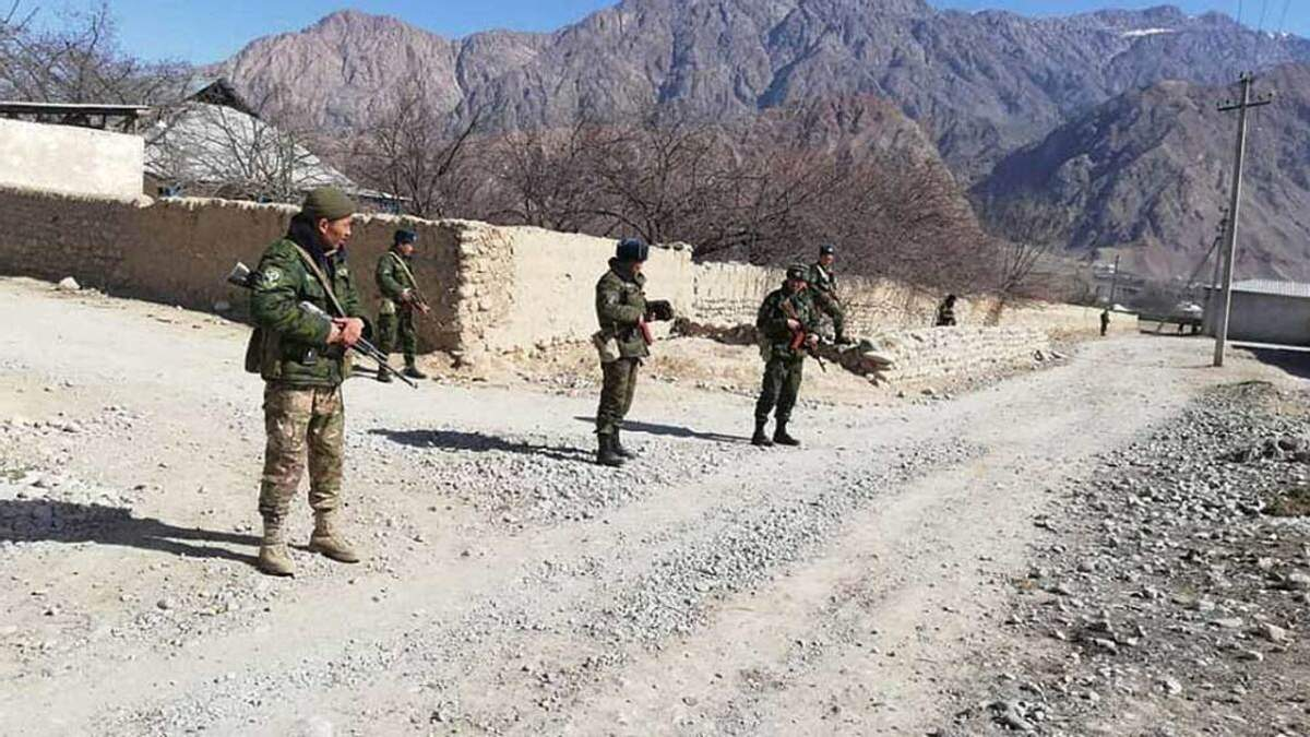 Число жертв на границе Кыргызстана и Таджикистана возросло до 13