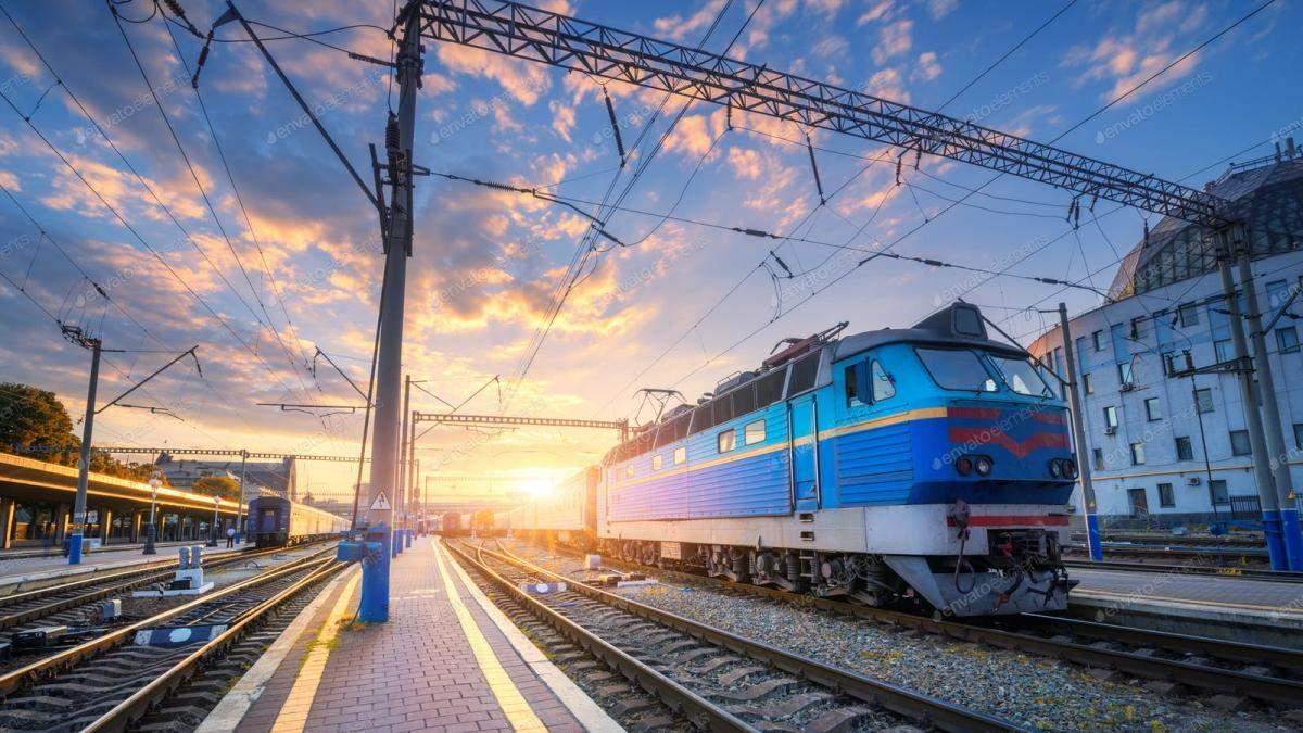 Квитки на потяги Укрзалізниці подорожчають: як заощадити