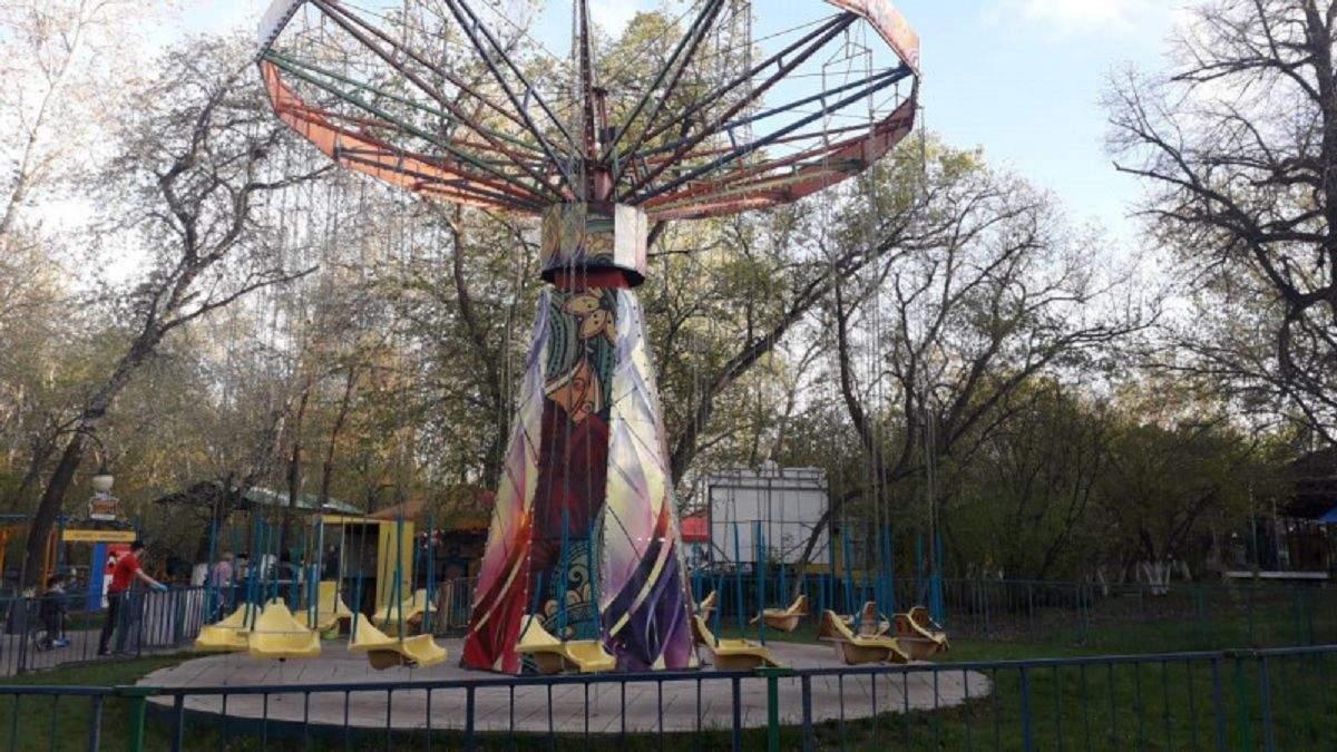 У Казахстані діти злетіли з атракціону: щонайменше 8 потерпілих