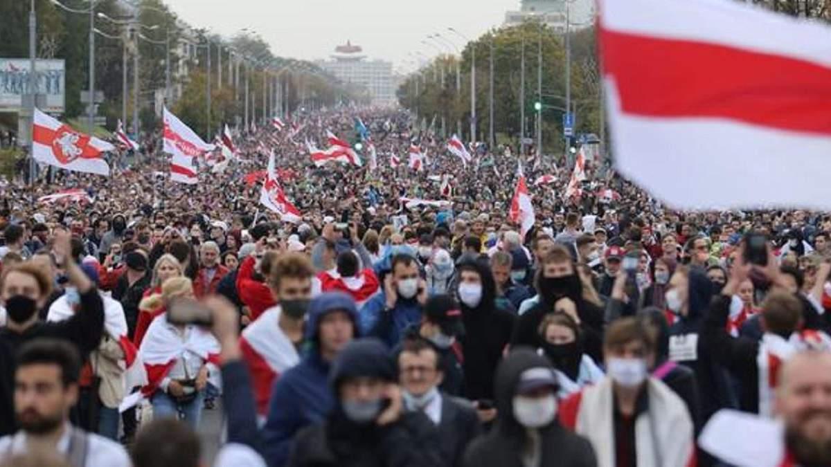 Опозиція організовує акцію протесту в Білорусі 9 травня