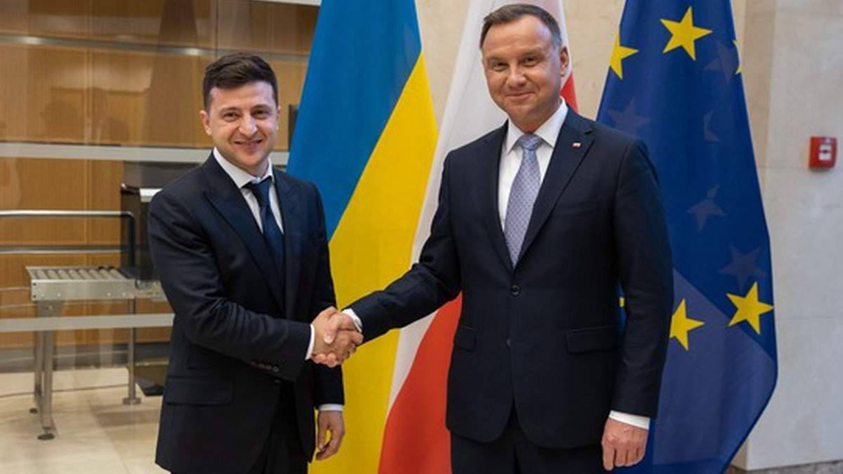 Исторических вопросов с Польшей у нас скоро не будет, – Зеленский