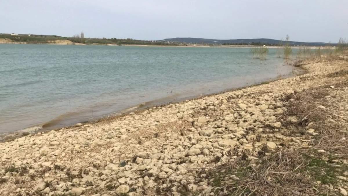 Рівень води в Білогірському водосховищі Криму почав знижуватися