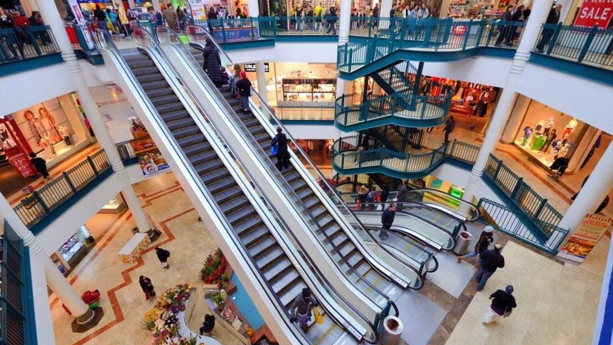 В Польше после локдауна возобновили работу торговые центры: условия