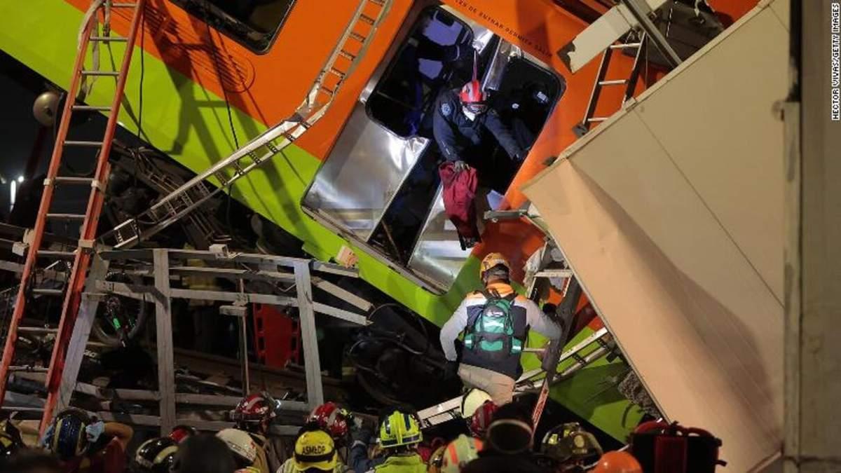 Число жертв катастрофы метро в Мексике продолжает расти